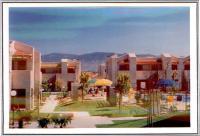 Los Portales Apartments Image 1